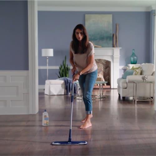 Bona Clean & Refresh 36 Oz. Hardwood Floor Cleaner WM700059009 Perspective: back