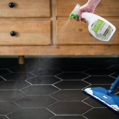 Bona  PowerPlus  Hard Surface Floor Cleaner  Liquid  32 oz. - Case Of: 8; Perspective: back
