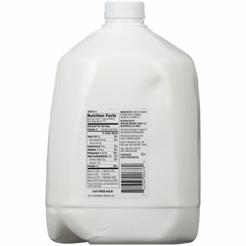 Horizon Organic Fat-Free Milk Perspective: back