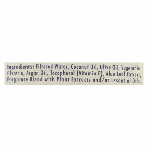 A La Maison - Liquid Hand Soap - Lavender Aloe - 33.8 fl oz. Perspective: back