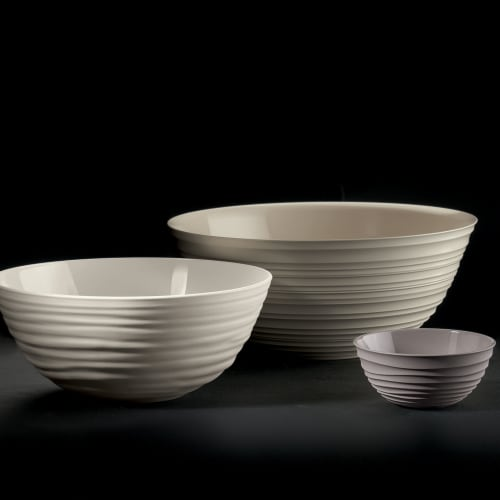 Guzzini Tierra collection bowl, made entirely by recycling 14  PET water bottles, milk white Perspective: back