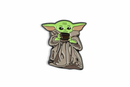 Star Wars Exclusive Enamel Pin Mandalorian The Child Baby Yoda With Soup Bowl Perspective: back
