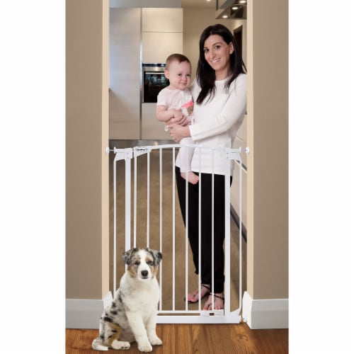 Bindaboo B1121 Zoe 28 to 32IN Extra Tall Auto-Close Baby Pet Safety Gate, White Perspective: back