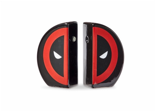 Marvel Deadpool Salt and Pepper Shakers Perspective: back
