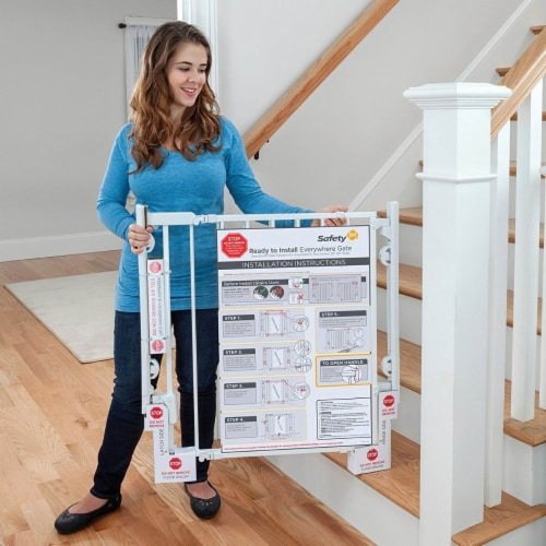 """Safety 1st Ready to Install Hardware Mount 30"""" Tall & 42"""" Wide Baby Safety Gate Perspective: back"""