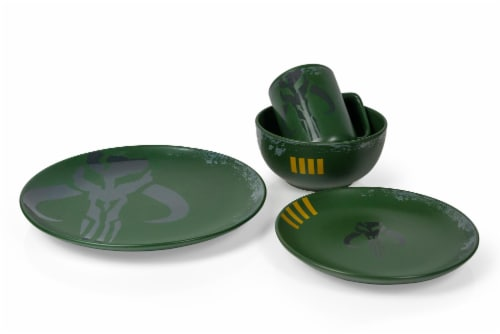 Star Wars Boba Fett Mandalorian Stoneware Plates & Bowl Collection | 4-Piece Set Perspective: back