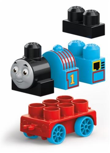 Mega Bloks® Thomas and Friends Thomas Engine Perspective: back