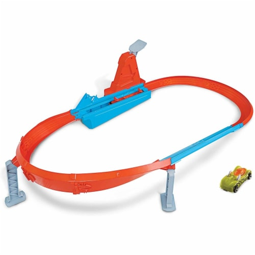 Mattel Hot Wheels® Rapid Raceway Champion Play Set Perspective: back