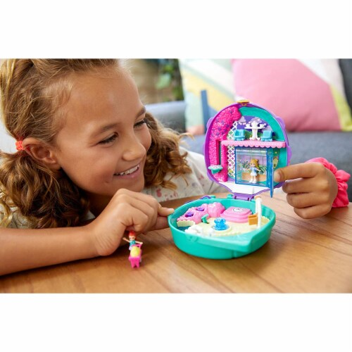 Polly Pocket Pocket World Lil' Ladybug Garden Compact Playset Perspective: back