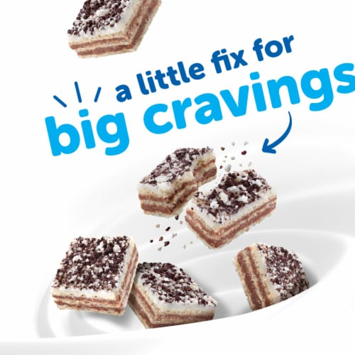 Hostess Crispy Minis Cookies & Creme Wafer Snacks Perspective: back