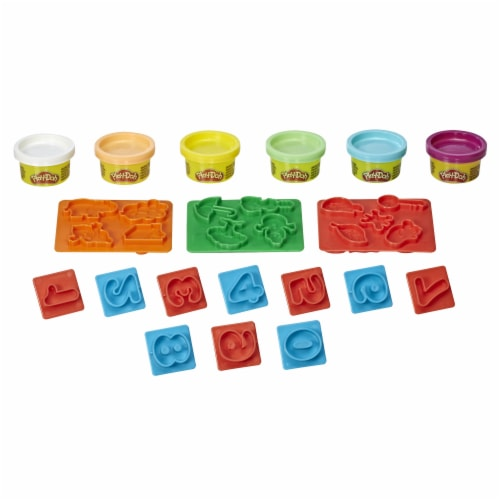 Play-Doh Fundamentals Numbers Modeling Compound Playset Perspective: back