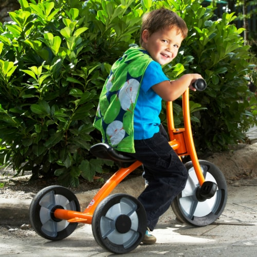 Winther Medium Circleline Tricycle - Orange Perspective: back