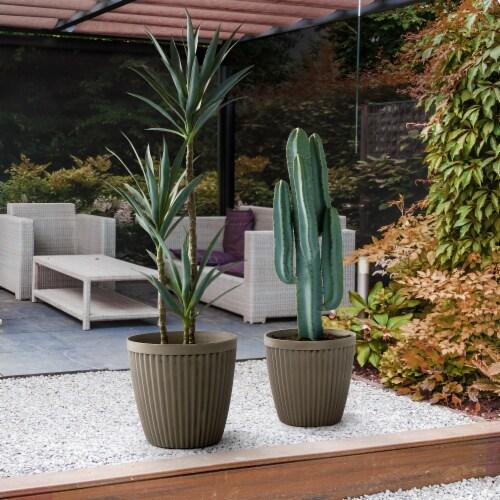 Glitzhome Oversized Faux Concrete Round Plastic Fluted Pot Planter Perspective: back