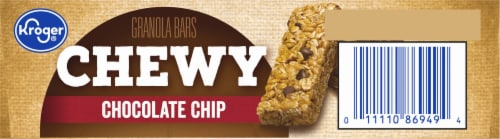 Kroger® Chewy Chocolate Chip Granola Bars Perspective: bottom