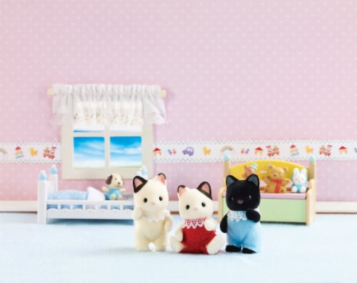 Calico Critters Tuxedo Cat Triplets Set Perspective: bottom