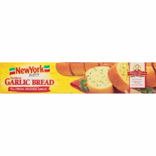 New York Bakery Mamma Bella's Recipe Pre-Sliced Garlic Bread Perspective: bottom