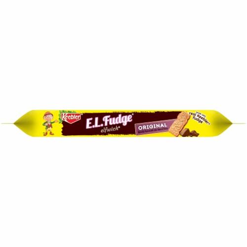 Keebler E.L.Fudge Original Elfwich Cookies Perspective: bottom