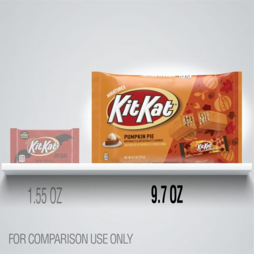 Kit Kat® Miniatures Wafer Bars Halloween Candy in Pumpkin Pie Flavored Creme Perspective: bottom