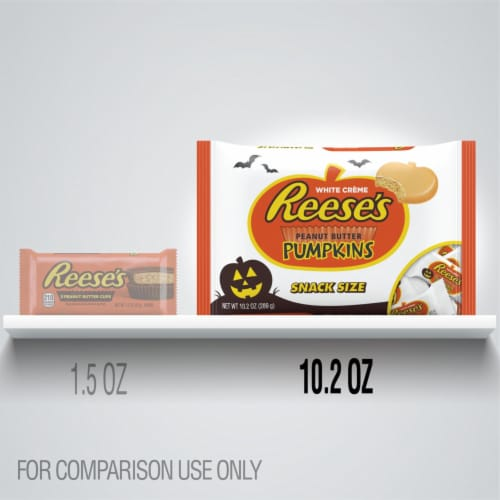 REESE'S Snack Size Orange-Colored Peanut Butter Pumpkins Halloween Candy Perspective: bottom