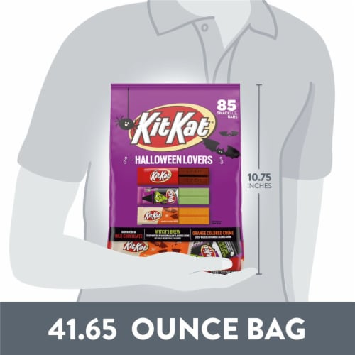 Kit Kat Halloween Lovers Candy Assortment Snack Size Perspective: bottom