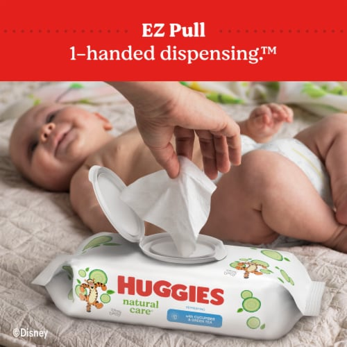 Huggies Refreshing Clean Cucumber & Green Tea Scent Baby Wipes Perspective: bottom