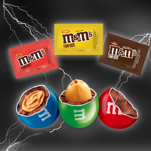 M&M's® Lovers Chocolate Fun Size Assorted Halloween Candy Variety Bag Perspective: bottom