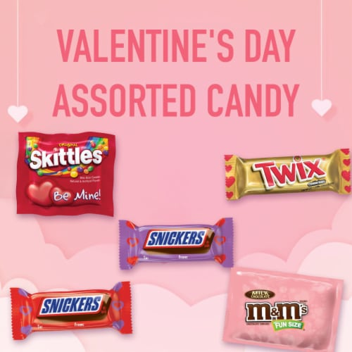 M&M'S SNICKERS SKITTLES TWIX Valentine Class Exchange Assorted Valentines Candy Perspective: bottom