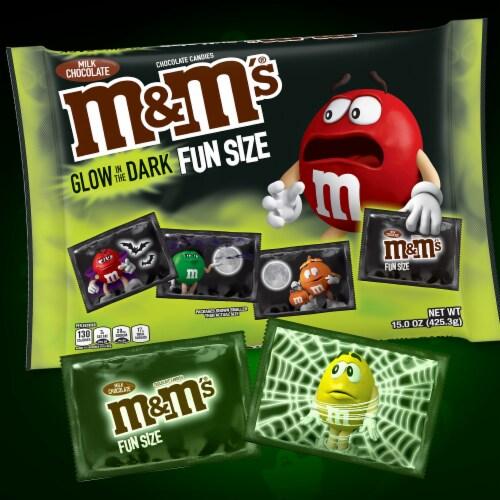 M&M'S Glow In The Dark Milk Chocolate Fun Size Halloween Candy Perspective: bottom