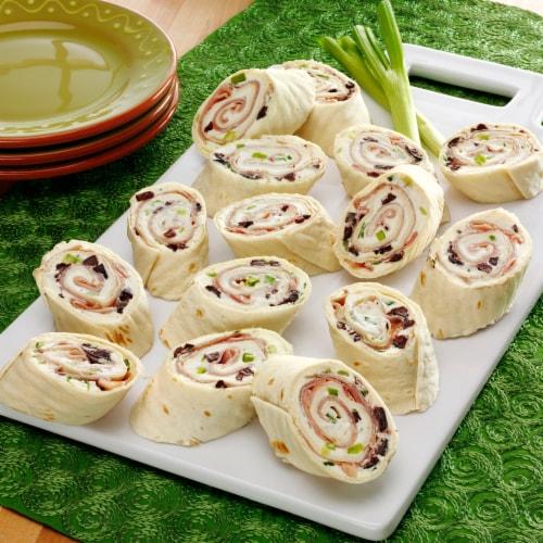 Azteca® Original Thin Burrito-Size Flour Tortillas Perspective: bottom