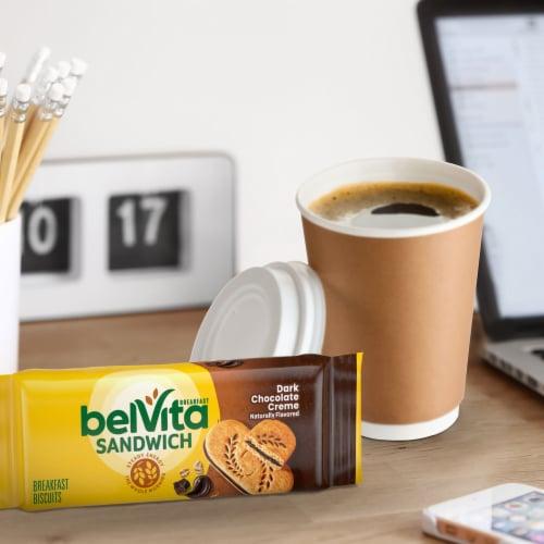 belVita Sandwich Dark Chocolate Creme Breakfast Biscuits Perspective: bottom