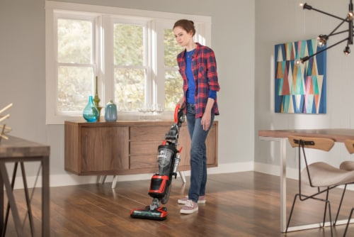 Dirt Devil Razor Vac Plus Upright Vacuum Perspective: bottom