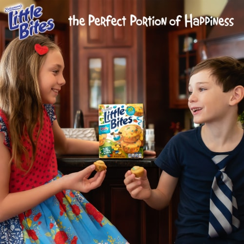 Entenmann's® Little Bites® Party Cakes Mini Muffins Perspective: bottom
