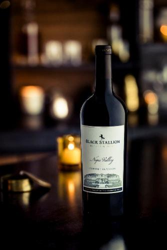 Black Stallion Napa Valley Cabernet Sauvignon Red Wine Perspective: bottom