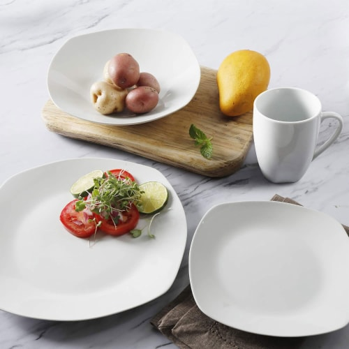 Gibson Porcelain 16 Piece Dinnerware Set Plates, Bowls, & Mugs, Classic Pearl Perspective: bottom