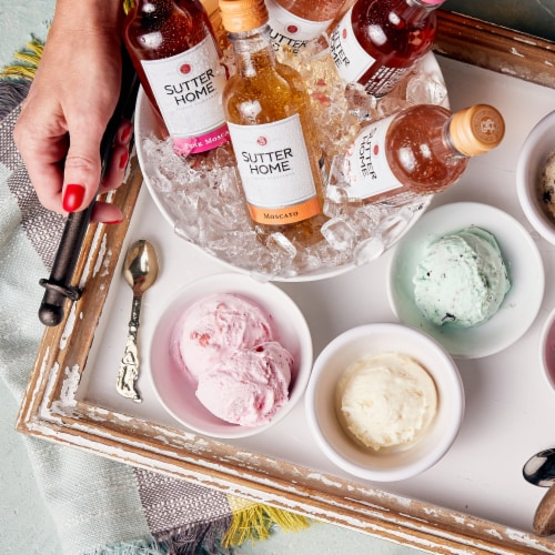 Sutter Home® Moscato White Wine Perspective: bottom