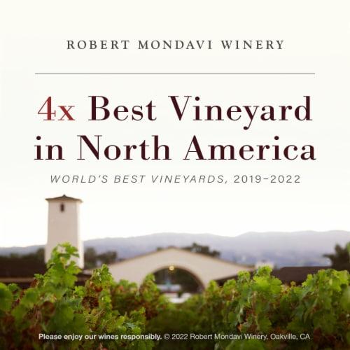 Robert Mondavi Winery Napa Cabernet Sauvignon Red Wine Perspective: bottom