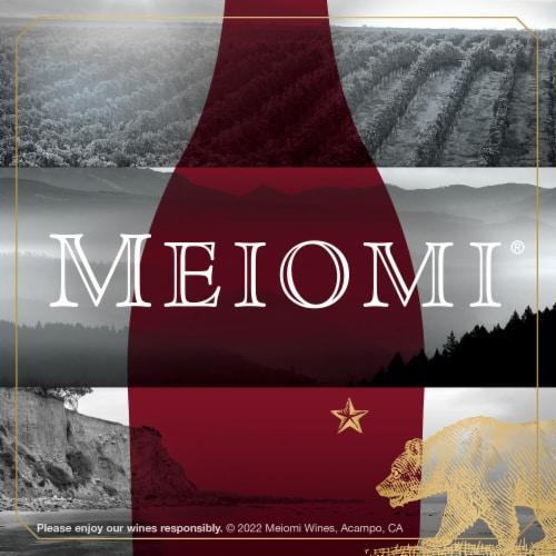 Meiomi Cabernet Sauvignon Red Wine Perspective: bottom