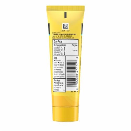 Neutrogena® Beach Defense® Water & Sun Protection Sunscreen Lotion SPF 70 Perspective: bottom