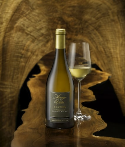 J. Lohr Arroyo Vista Chardonnay White Wine Perspective: bottom