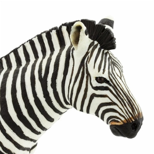 Zebra Toy Perspective: bottom
