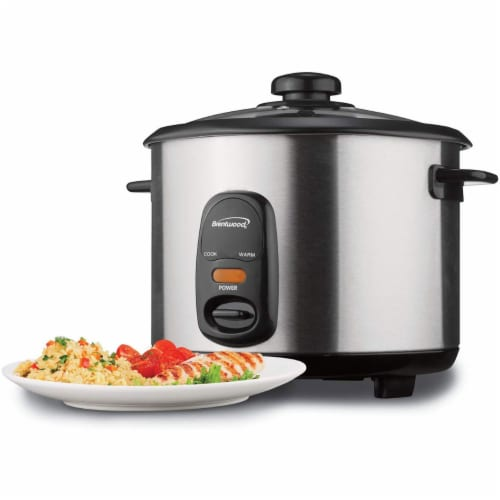 Brentwood TS-15 8 Cup Stainless Steel Rice Cooker with Measuring Cup and Spatula Perspective: bottom