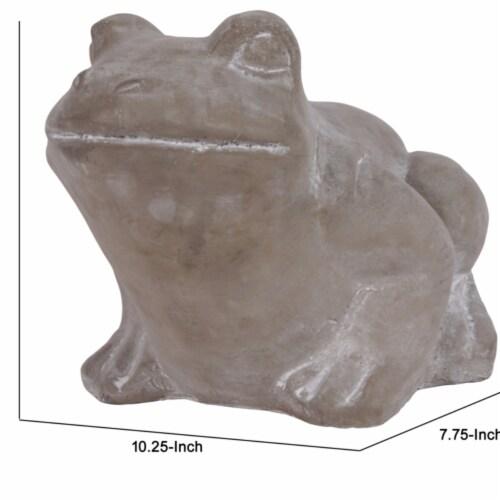 Saltoro Sherpi Cement Sitting Frog Figurine Looking Straight, Concrete Gray Perspective: bottom