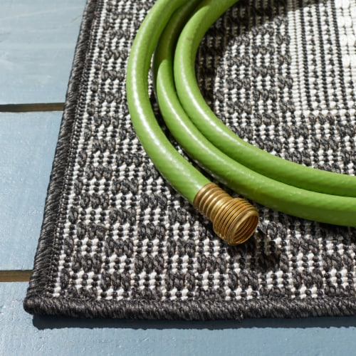 Safavieh Martha Stewart Courtyard Indoor Outdoor Area Rug - Ivory/Charcoal Perspective: bottom