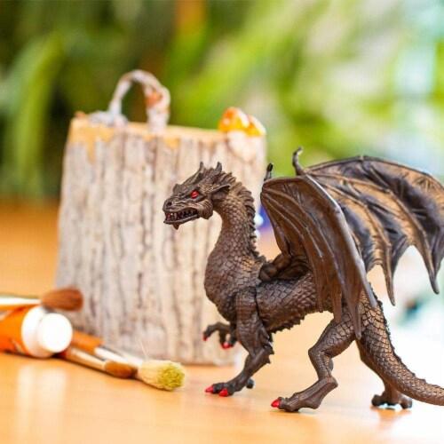 Twilight Dragon Toy Perspective: bottom