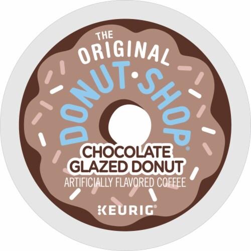 The Original Donut Shop Chocolate Glazed Donut Medium Roast Coffee K- Cup Pods Perspective: bottom