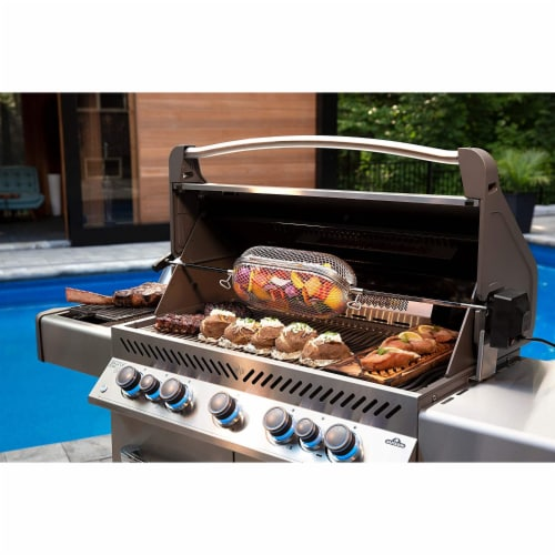 Napoleon P665RSIBNSS Prestige 665 RSIB Natural Gas Grill with Infrared Burners Perspective: bottom
