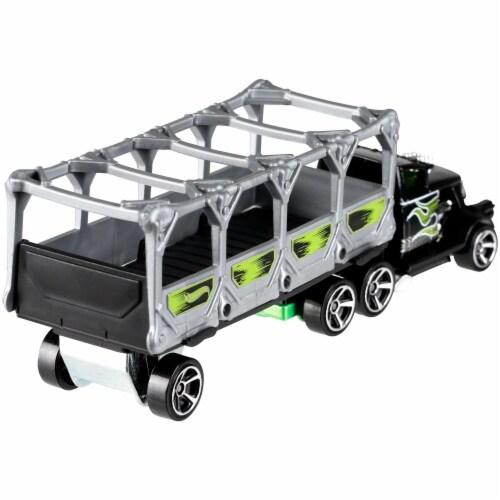Hot Wheels Track Trucks, Bone Blazers Perspective: bottom
