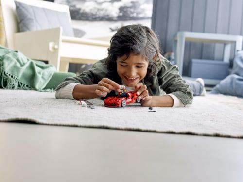 LEGO® Speed Champions Ferrari F8 Tributo Building Set Perspective: bottom