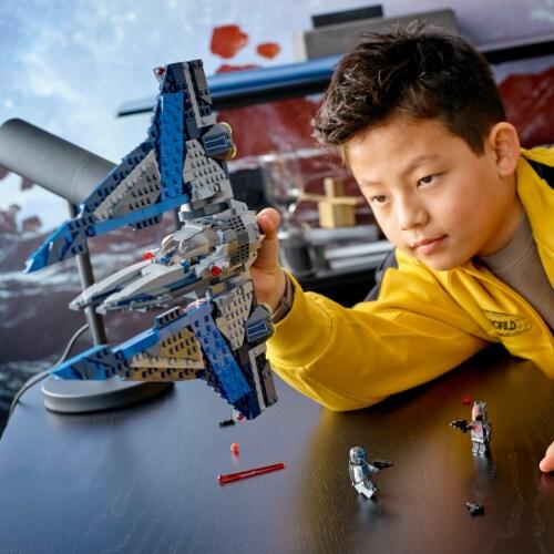LEGO® Star Wars Mandalorian Starfighter Perspective: bottom
