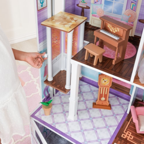 KidKraft Country Estate Dollhouse Perspective: bottom
